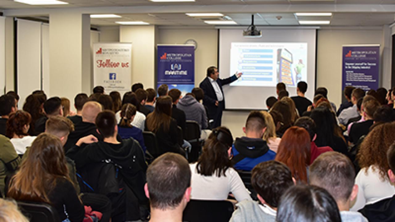 Εκατοντάδες φοιτητές και ενδιαφερόμενοι στο 1ο Shipping Leaders in Residence για το ακαδ. έτος 2019-2020