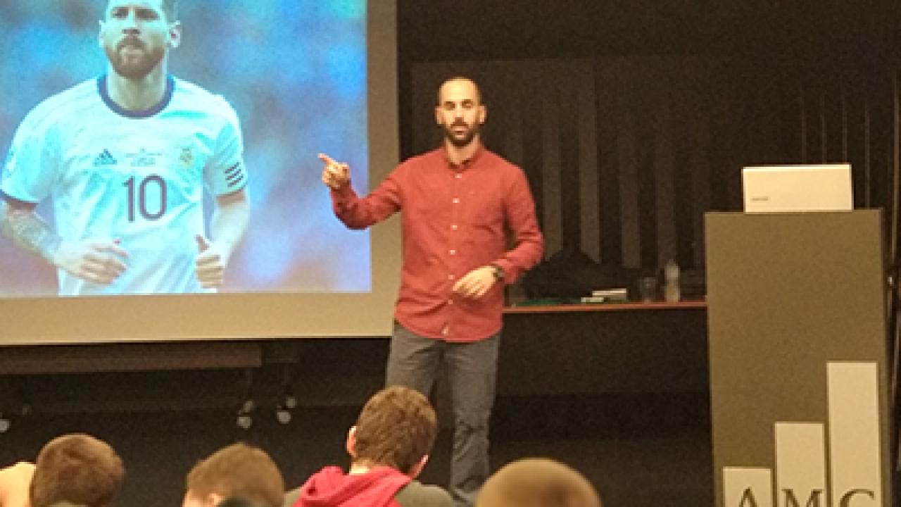 Διάλεξη από τον Sports Marketing Manager της adidas στους φοιτητές της Σχολής Αθλητισμού του Μητροπολιτικού Κολλεγίου